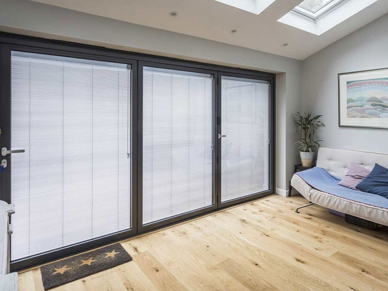 double glazing with blinds inside