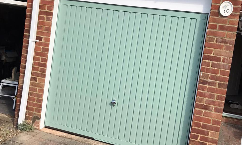 Chartwell Green Garage Installation In Basingstoke