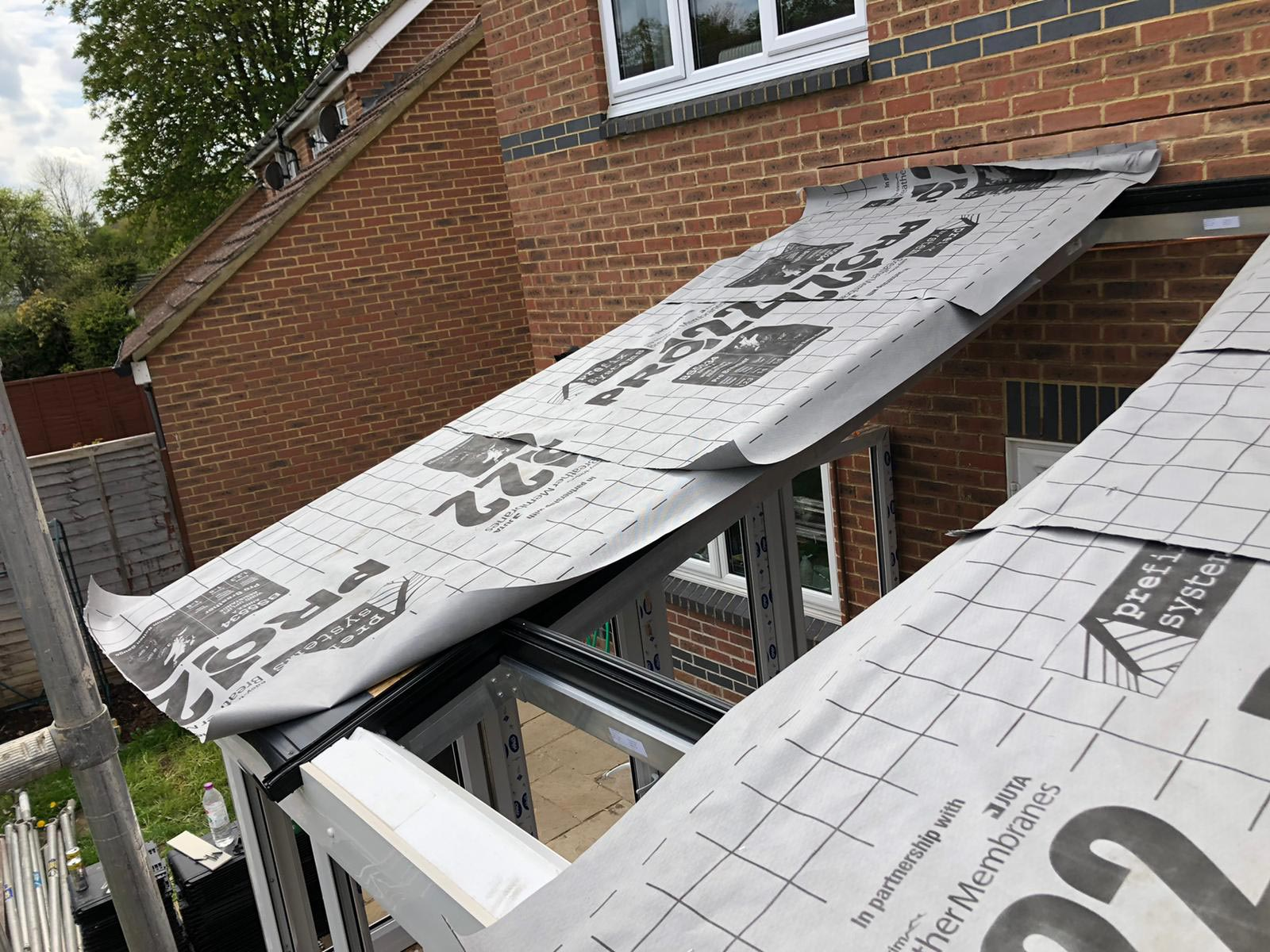 2105-half-dine-roof