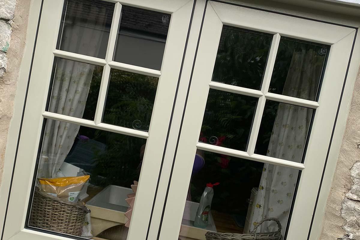 2105-window-close-up