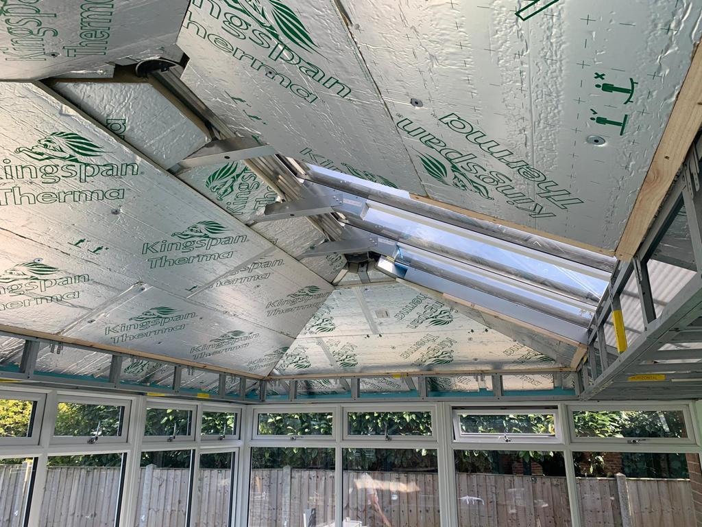 URBANRoom Prefix Roof Installation